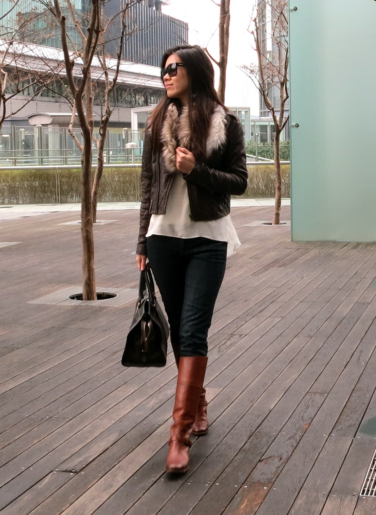 e28d64f8329 Freezing in Tokyo :: Leather and Fur